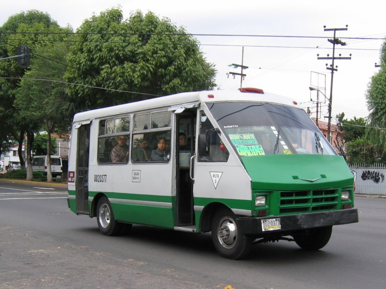 http://commons.wikimedia.org/wiki/File:Mexico_city_microbus_1.jpg?uselang=es / Author: Daniel Manrique (Roadmaster).
