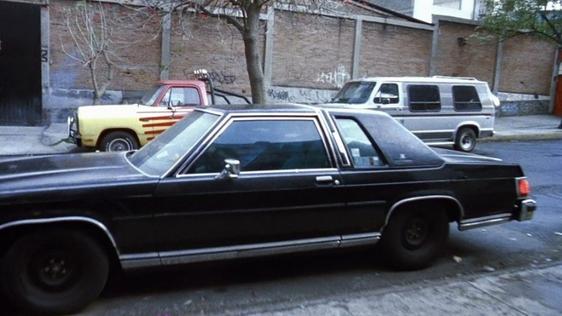 06_ford_grand_marquis